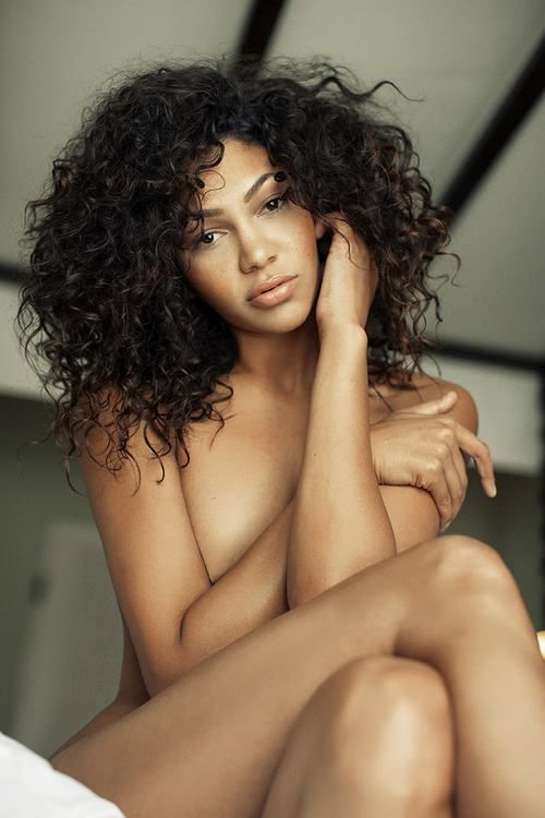 Nude babes with curly hair
